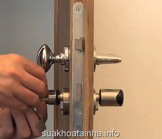 sửa khóa tại nhà quận Tân Phú , gãy chìa khóa, hỏng chìa khóa ổ khóa, mất chìa khóa, quận Tân Phú.